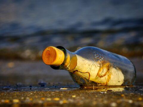 vzkaz v lahvi